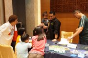 Kids and adults getting to know what Brainy Bunch is all about