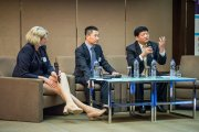 Vanessa Cumbers, Ma Jiqiang, and Dong Zhengjing engaged in a China armchair chat